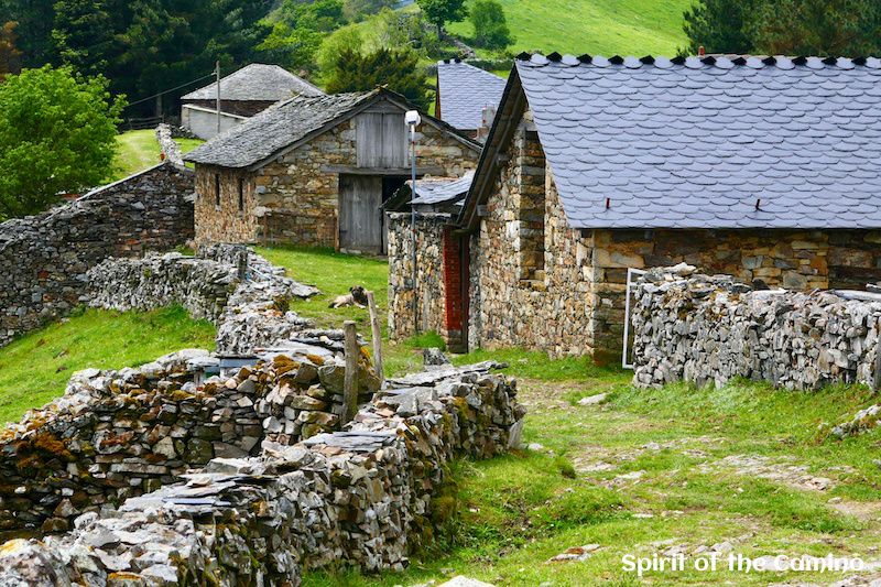 Montefurado is an almost abandoned but picturesque village on the Camino Primitivo.