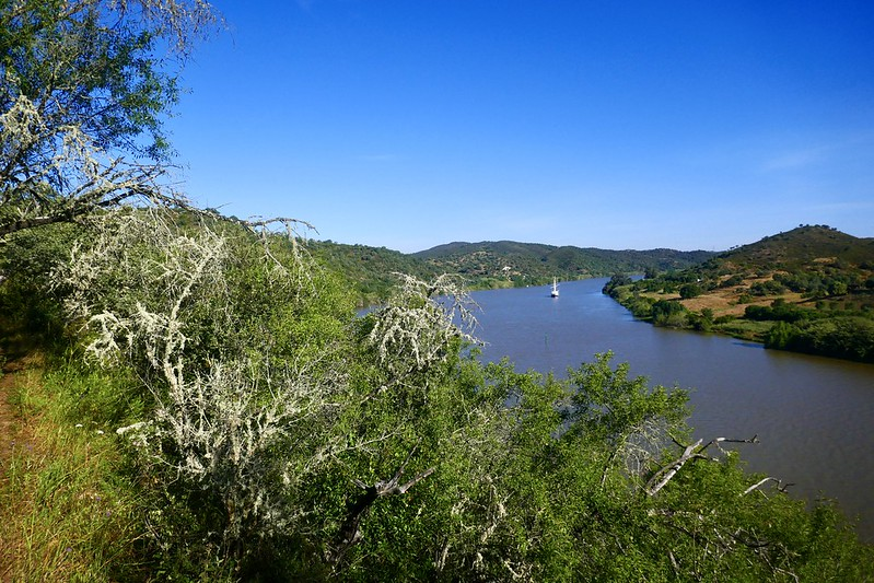The Guadiana River on a beautiful stage of the Caminho Nascente between Alcoutim and Mesquita.