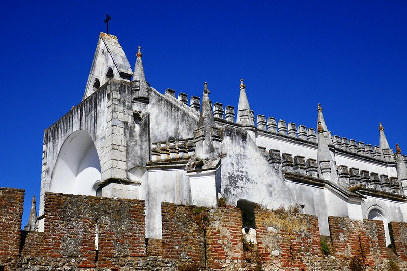 The 16th-century Igreja Matriz inside the castle in Viana do Alentejo is considered one of the best examples of Manueline architecture in the south of Portugal.
